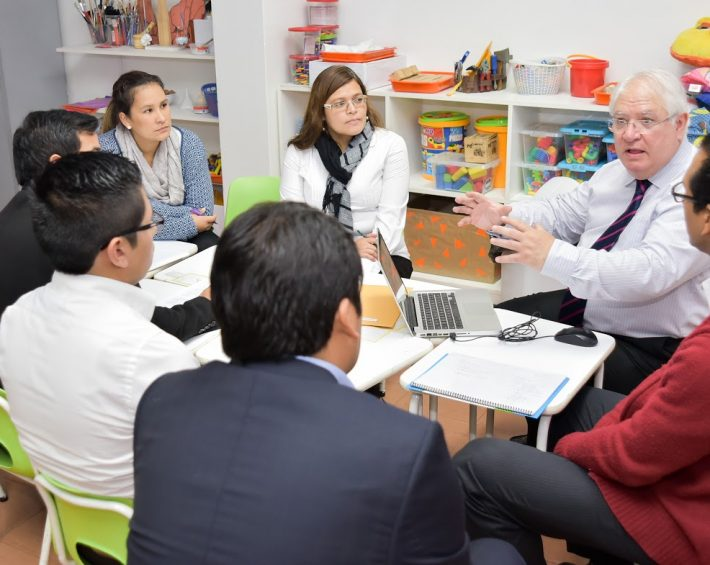 Colegio Hans Christian Andersen inicia implementación del modelo europeo de calidad EFQM